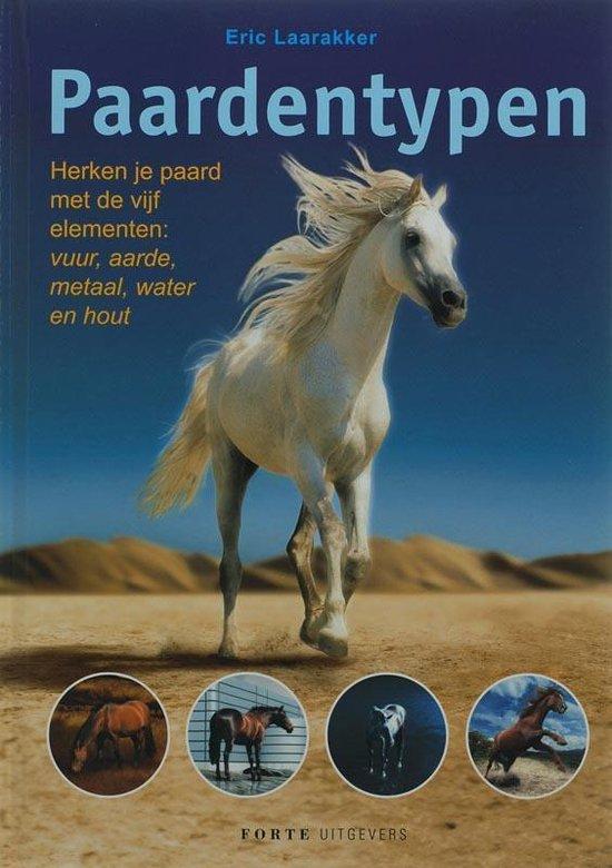 Boek cover Paardentypen van Eric Laarakker (Hardcover)