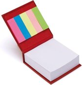 Rode bloknote kubus met plakmemo -  Rood bloknote met papier