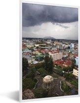 Foto in lijst - Dreigende donkere wolken boven San José fotolijst wit 40x60 cm - Poster in lijst (Wanddecoratie woonkamer / slaapkamer)