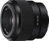 Sony FE 50mm f/1.8 - Prime lens