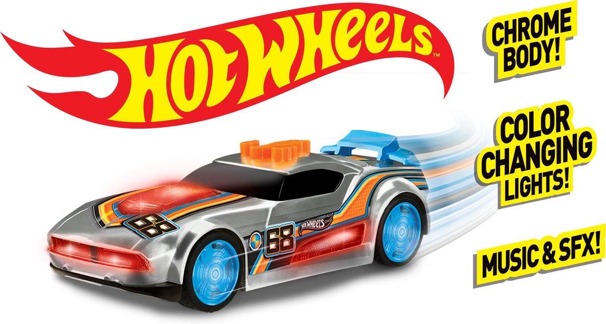 Hot Wheels Edge Glow Cruiser Fast Fish - Hot Wheels