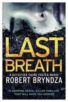 Boek cover Last Breath van Robert Bryndza