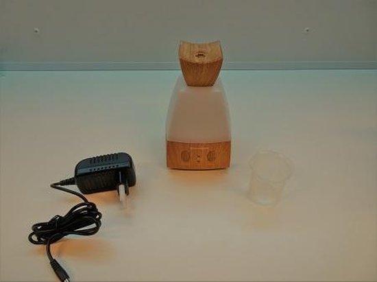 Lucht bevochtiger, aroma diffuser, vernevelaar, geurolie, aromatherapie, LED, spa, yoga, schoonheidssalon etc., houtlook, inhoud 70 ml.