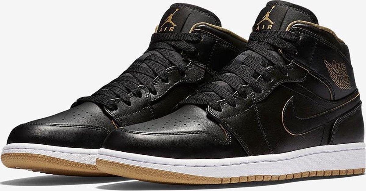   Air Jordan 1 Mid 554724 042