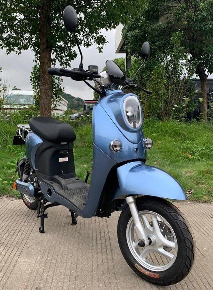 EVO-Maxx Vantage ( Ocean Blue ) betaalbare E-Scooter + uitneembare Lithium battery , actieradius 45-