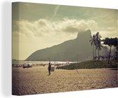 Wolken boven het strand van Ipanema in Zuid-Amerika Canvas 90x60 cm - Foto print op Canvas schilderij (Wanddecoratie woonkamer / slaapkamer)