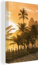 Palmen bij zonsondergang op het Ipanema-strand in Rio De Janeiro Canvas 40x60 cm - Foto print op Canvas schilderij (Wanddecoratie woonkamer / slaapkamer)