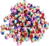 50 stuks Kralen Bloem Smiley Regenboog - 1 cm - Figuurkralen - Kleikralen - Fimokralen - Bloem Emoji Regenboog