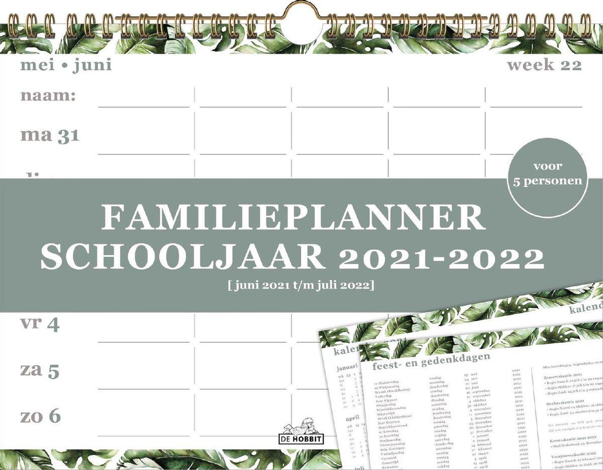 HOBBIT -  FAMILIEPLANNER - SCHOOLJAAR 2021 / 2022 - 5 PERSONEN - BLADEREN - A4 LIGGEND (21X30CM) - S