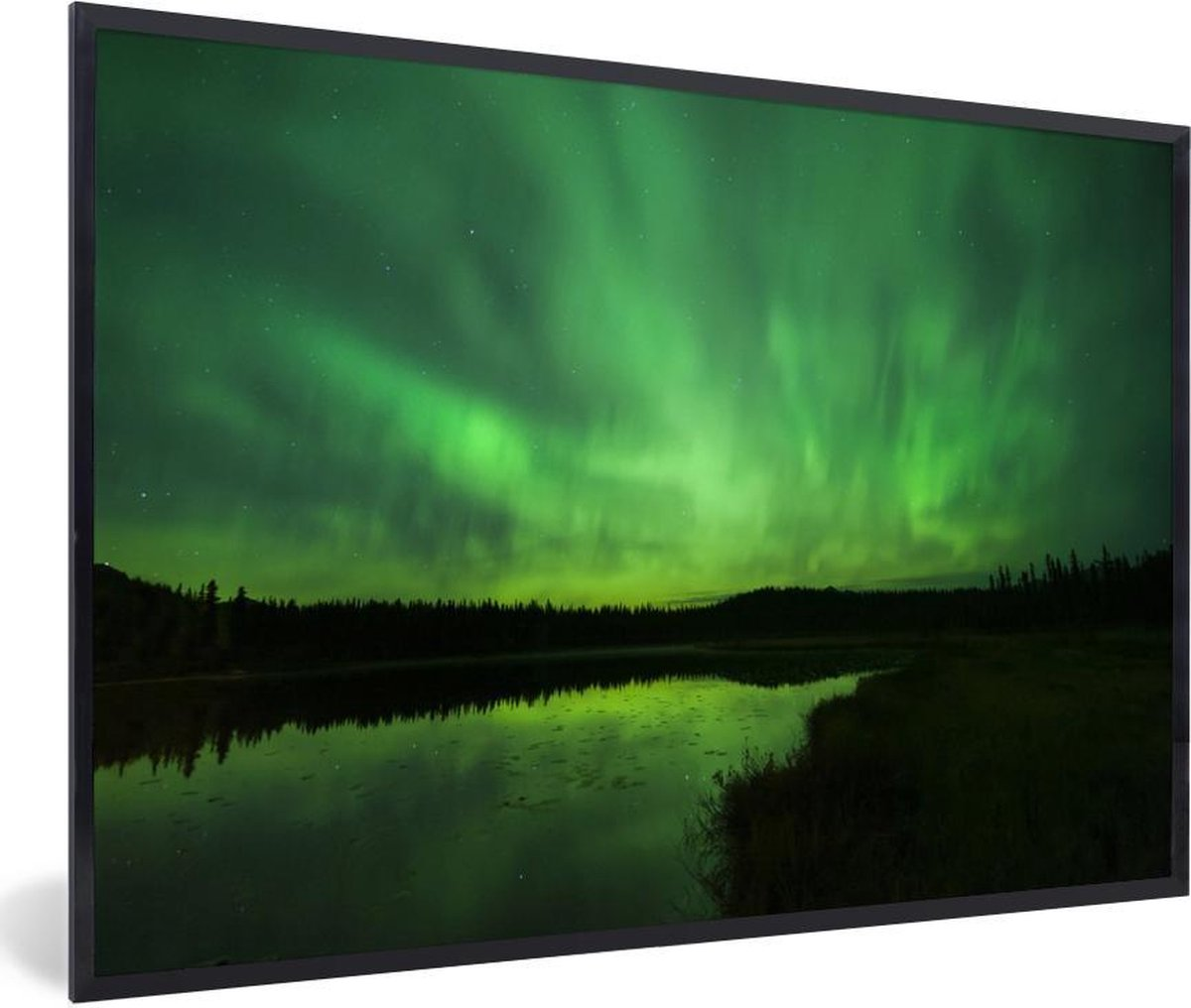 Poster met lijst Noorderlicht  - Noorderlicht boven het water in Alaska - fotolijst zwart - 60x40 cm - Poster met lijst