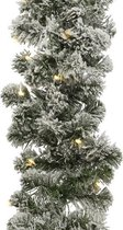 1x Groene dennenslingers met sneeuw en verlichting 270 x 25 cm - Kerstslingers / dennen slingers