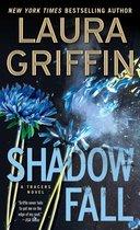 Omslag Shadow Fall