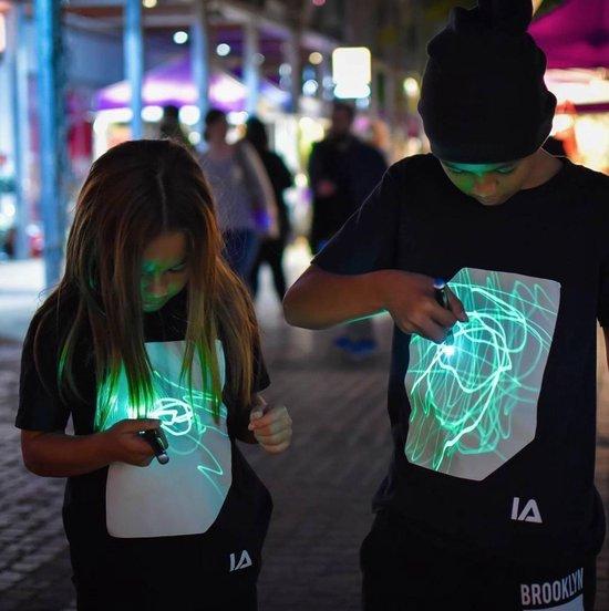 Illuminated Apparel Unisex T-shirt Maat 104