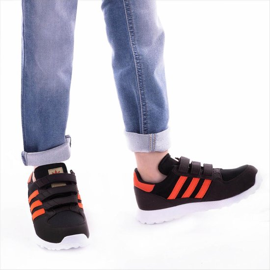   adidas Jongens Sneakers Forest Grove Cf C Zwart