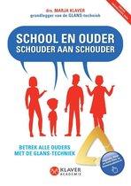 School en ouder schouder aan schouder