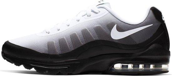 | Nike Air Max Invigor Print Heren Sneakers Black