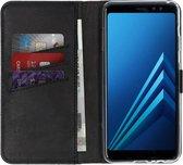 Selencia Echt Lederen Booktype Samsung Galaxy A8 (2018) hoesje - Zwart