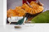 Fotobehang vinyl - Een doorsnede van jackfruit breedte 410 cm x hoogte 230 cm - Foto print op behang (in 7 formaten beschikbaar)