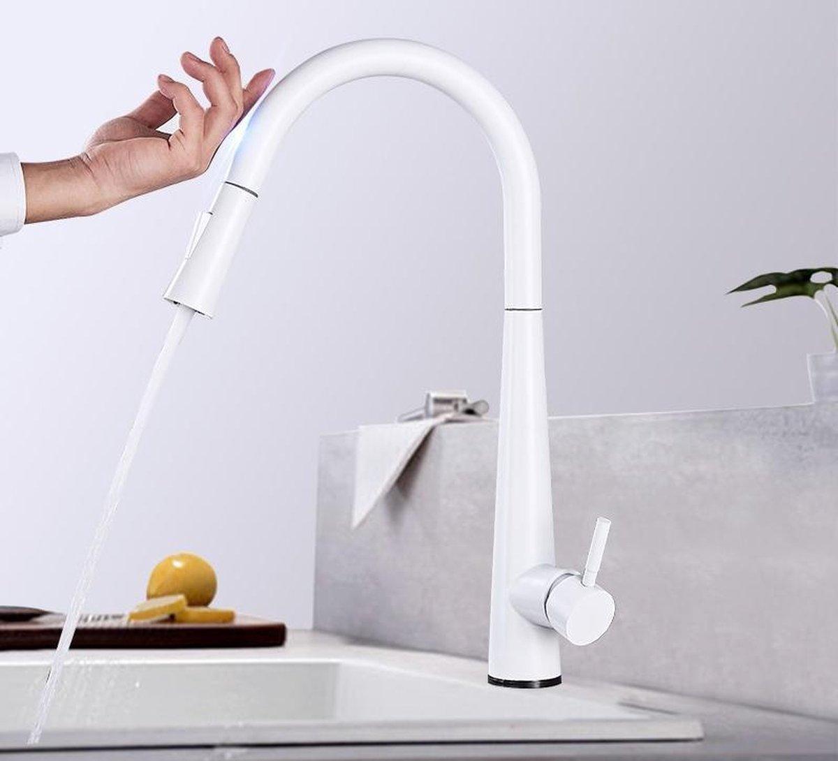Productgigant - Draaibare kraan met uittrekbare uitloop - touch bediening - witte keukenkraan