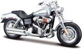 Harley Davidson FXDFSE CVO Fat Bob 2009 (Zilver) 1/18 Maisto - Modelmotor - Schaalmodel - Model motor