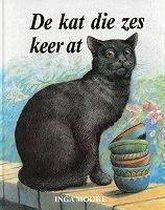 Kat die zes keer at
