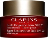Clarins Super Restorative SPF 20 Dagcrème - 50 ml