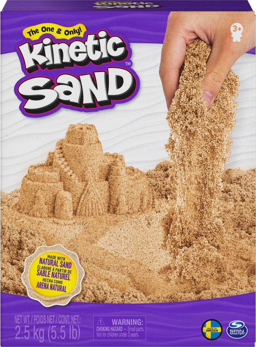 Kinetic Sand , 2,5 kg bruin natuurlijk zand om te mengen, kneden en creaties mee te maken, vanaf 3 jr.