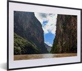 Poster met lijst Nationaal park Cañón del Sumidero - lucht boven het Nationaal park Cañón del Sumidero fotolijst zwart met witte passe-partout - fotolijst zwart - 40x30 cm - Poster met lijst