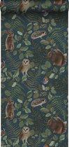 ESTAhome behang bosdieren donkerblauw, groen en bruin - 139250 - 0.53 x 10.05 m