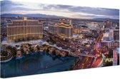 Centrum Las Vegas Canvas 120x80 cm - Foto print op Canvas schilderij (Wanddecoratie woonkamer / slaapkamer) / Steden Canvas Schilderijen