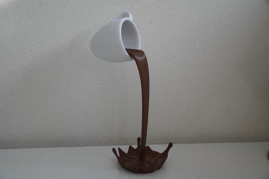 Zwevende koffiemok - Koffie - Mok - Decoratie - Koffieliefhebber -  Gimmick - Barista - Bruin - Wit