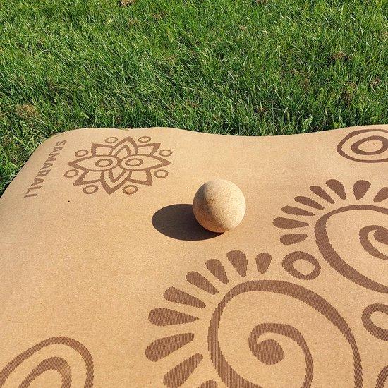 Kurk massage bal - wordt ethisch geproduceerd uit 100% kurk in Portugal|50 gram| 7,5 cm | Zacht op de huid | Verzacht de pijn| Antimicrobieel| Lichtgewicht