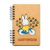 KOMONI - Duurzaam houten notitieboek - Gerecycled papier - Navulbaar - A6 - Gelinieerd - Nijntje op de fiets Amsterdam