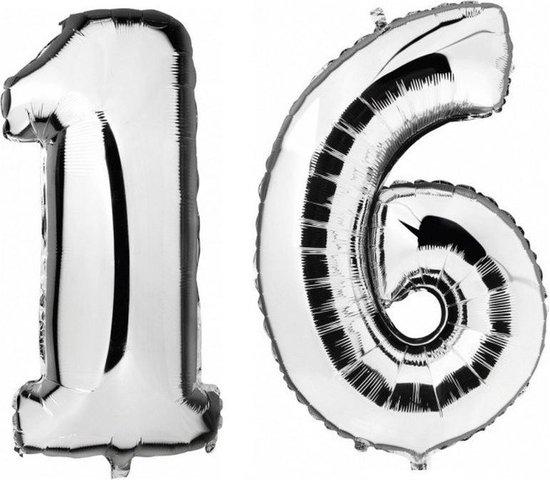 Sweet 16 zilveren folie ballonnen 88 cm leeftijd/cijfer 16 jaar - Leeftijdsartikelen 16e verjaardag versiering - Heliumballonnen