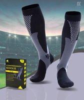 Kangka Compressiekousen met 20-30 mmHg - Maat L/XL (39-42) - Zwart - Compressie sokken voor Hardlope