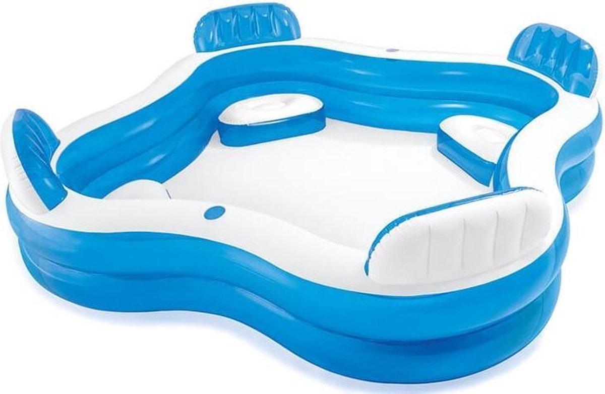 Opblaasbaar zwembad met stoeltjes