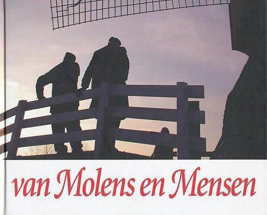 Boek cover Van molens en mensen. Molens in de Alblasserwaard en Vijfheerenlanden van D.J de Jong (Hardcover)