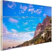 Strand met bergen Brazilie Hout 160x120 cm - Foto print op Hout (Wanddecoratie) XXL / Groot formaat!