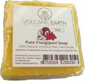 Volcanic Earth Handgemaakte Zeep met Frangipani [+ 1 gratis]