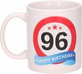 Verjaardag 96 jaar verkeersbord mok / beker