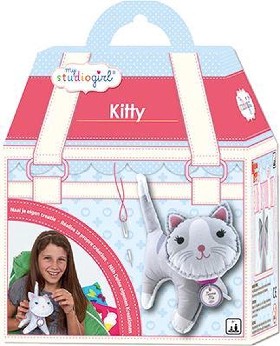 Kitty - My Studio Girl