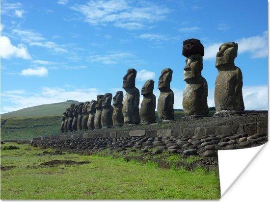 Bol Com Poster Zijaanzicht Van De Rij Moai Beelden Op Paaseiland 160x120 Cm Xxl