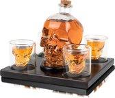 Whisiskey® Whiskey Karaf - Skull - Luxe Whisky Karaf Set - 0,9 L - Decanteer Karaf - Whiskey Set - Incl. 4 Whiskey Stones, Schenktuit en 4 Schedel Whiskey Glazen