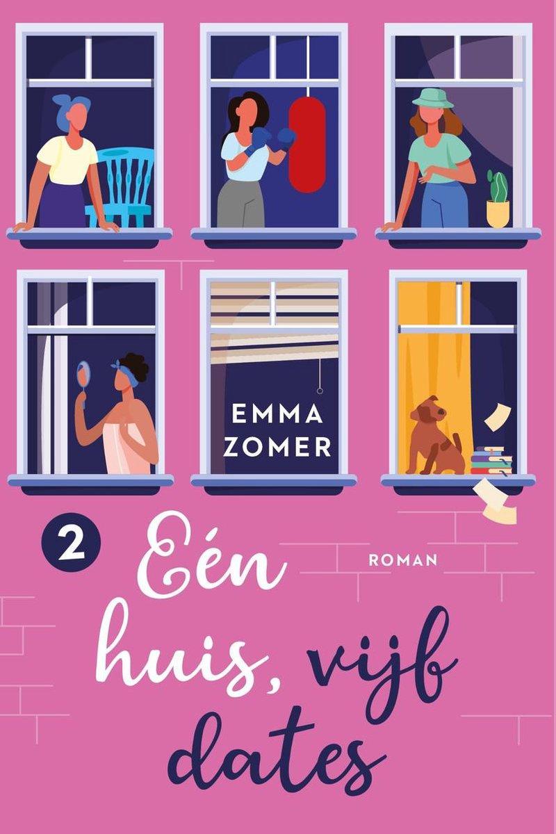 Cover van Eén huis, vijf dates geschreven door Emma Zomer. De achterkant heeft een fel roze kleur en we zien 6 ramen. In 4 van de 6 ramen zien we een persoon staan, in het vijfde raam hangt een rolluik en in het zesde raam zien we een bruine hond met een stapel boeken.