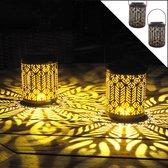 Gadgy Solar Lantaarn Pauw – Set van 2 - zwart/goud – metaal - Solar tuinverlichting op zonneenergie – Led buitenverlichting met dag/nacht sensor – Tafellamp / Hanglamp / Tuinlantaarn - 27 x Ø 12.5 cm