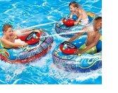Luxe/Opblaasboot met waterpistool - Motorized Bumper Boat - Opblaasbare botsboot met motor - Voor kinderen