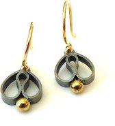 Oorhangers - vanNienke® Tulpjes! - Gezwart zilver met 14 karaat goud combinatie - 13mm lang