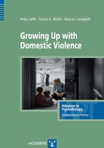 Omslag Growing Up with Domestic Violence