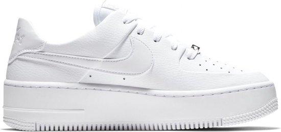 bol.com | Nike Air Force 1 Sage Low Sneaker Dames Sneakers ...