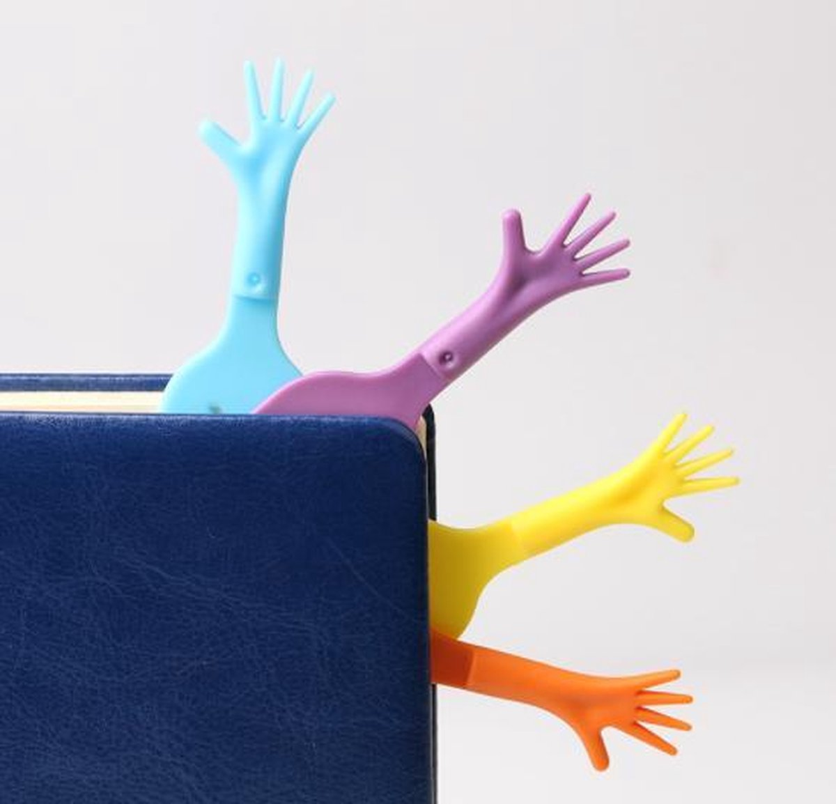 Help Me! Boekenlegger Set van 4 – Bookmark Hand – Geel – Blauw – Oranje – Paars – EPIN 3D - EPIN 3D